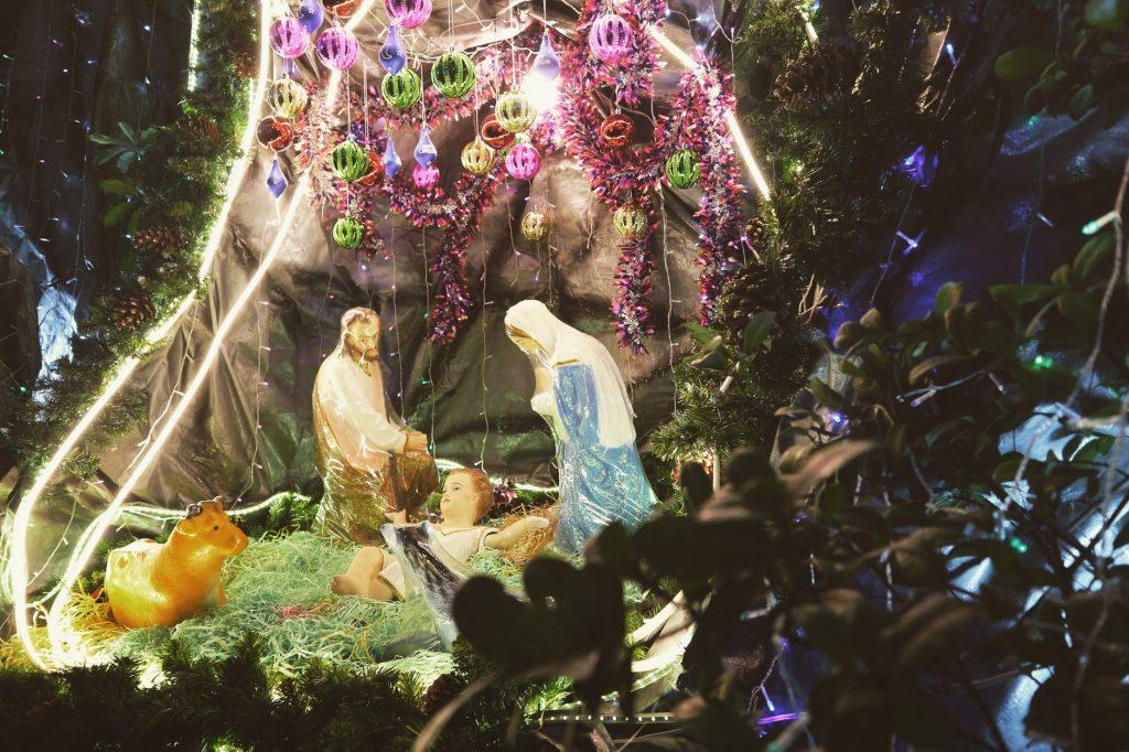 10 Beautiful Nativity sets ideas
