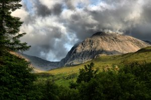 best to hiking in scotland